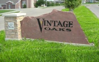 Vintage Oaks Image