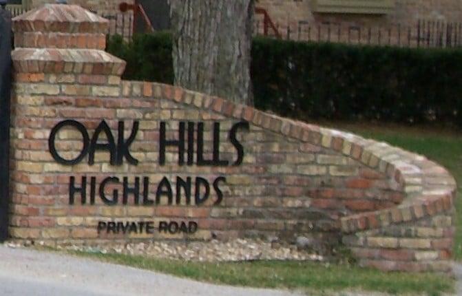 Oak Hills Highlands Condos I, II & III Image
