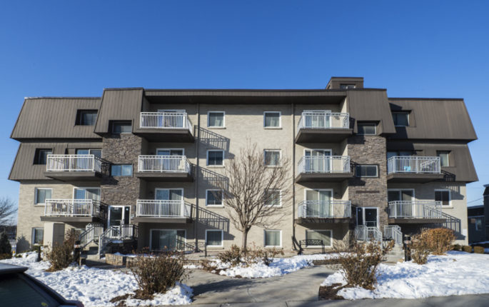 810 North 107th Avenue – Mill Pointe Apartments Image