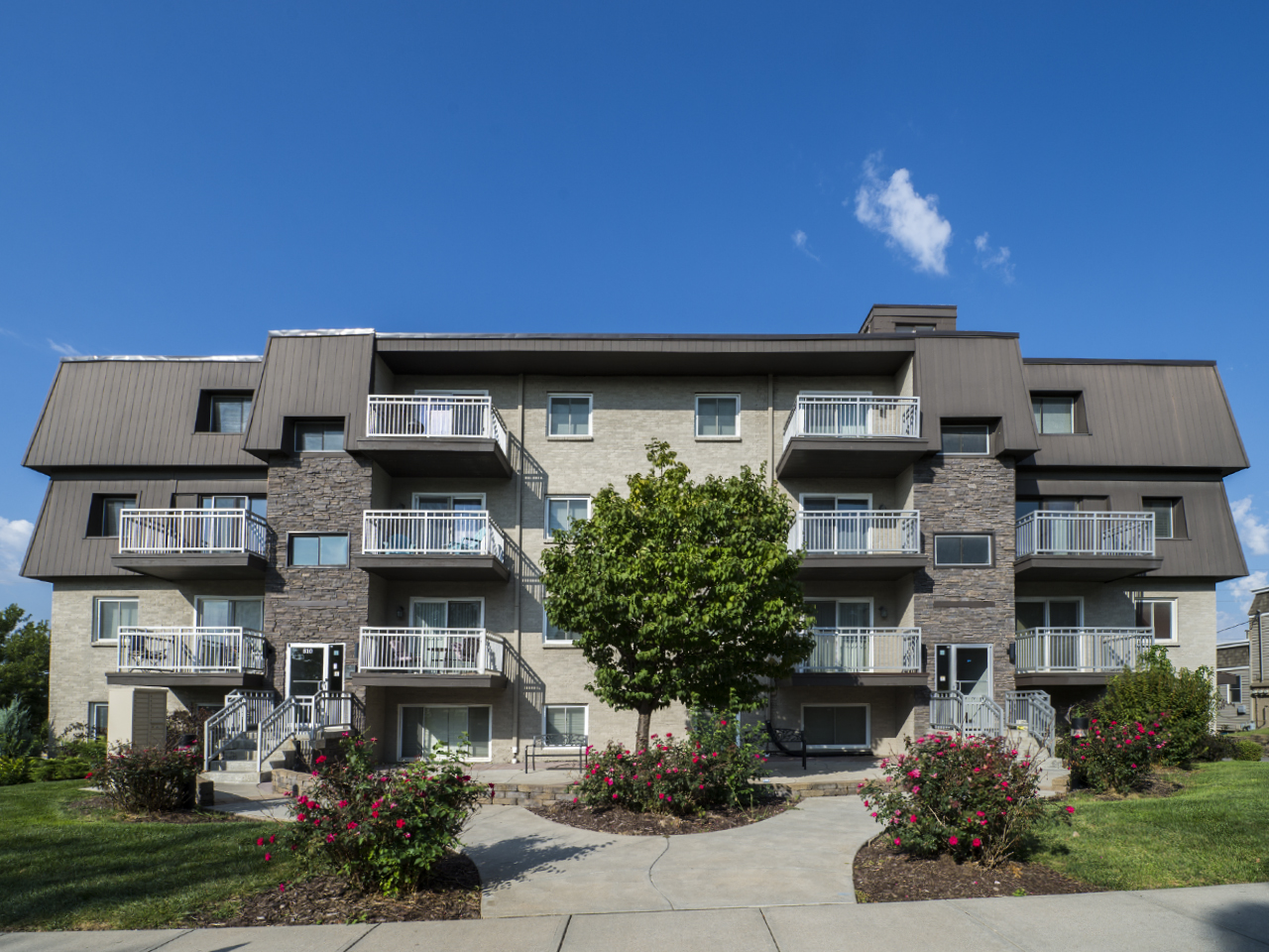 810 North 107th Avenue<br>Mill Pointe Apartments Image
