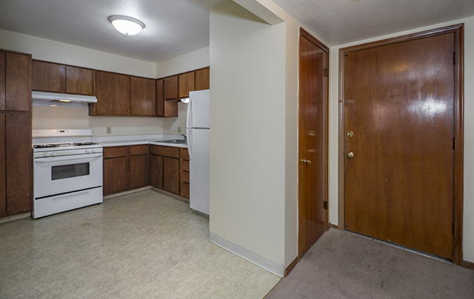 725 South 37th Street<br>Fernshire Apartments Image