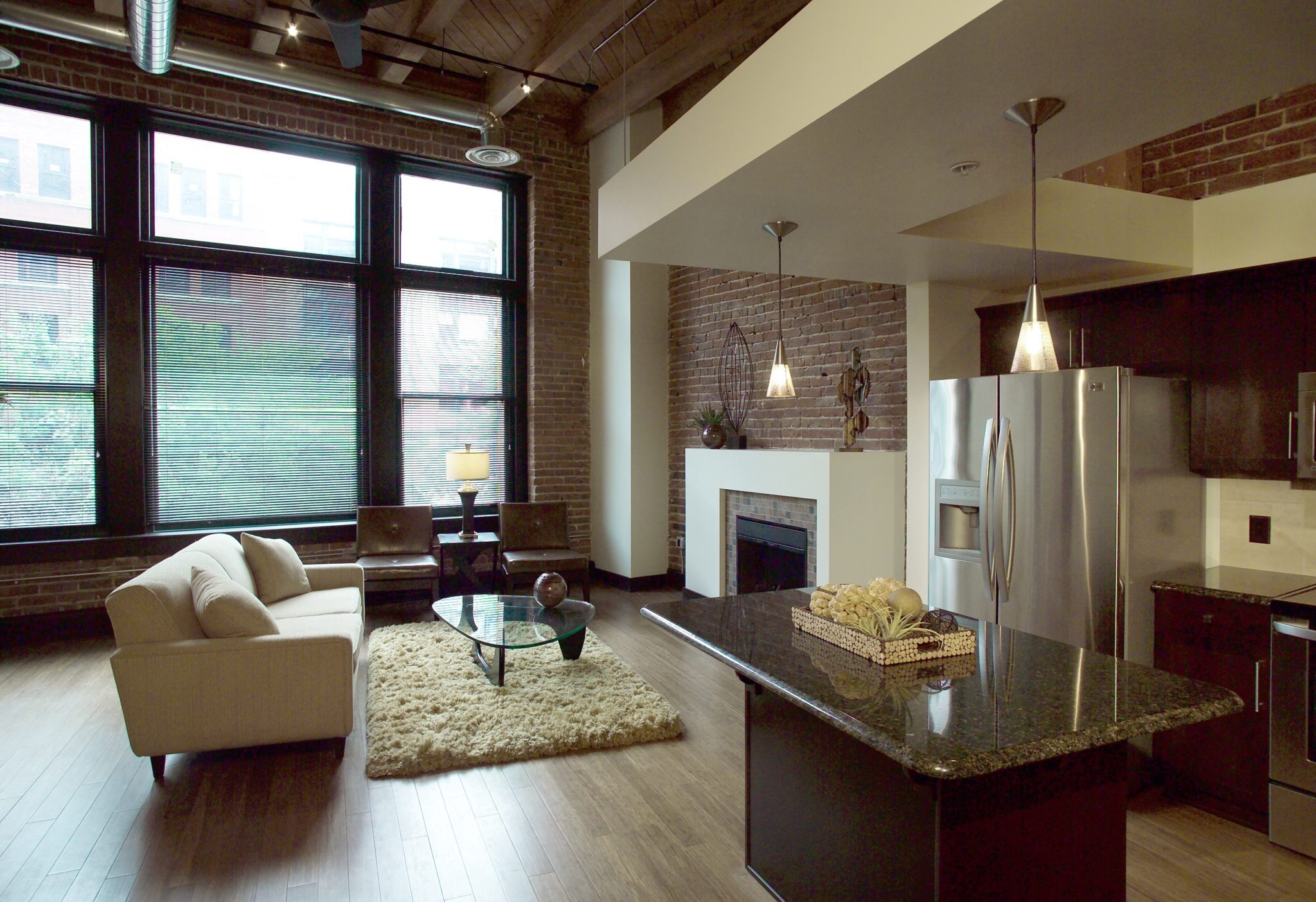 The Residences at Old MarketPlace Apartments<BR>Farnam Image