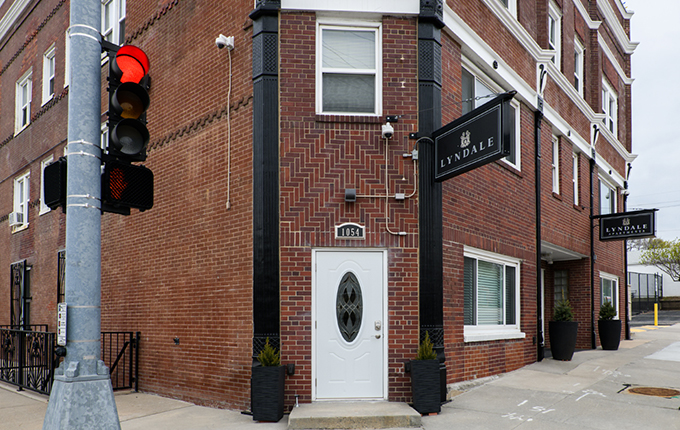 Lyndale Apartments <BR> 1052 S 20th St, Unit 7 Image